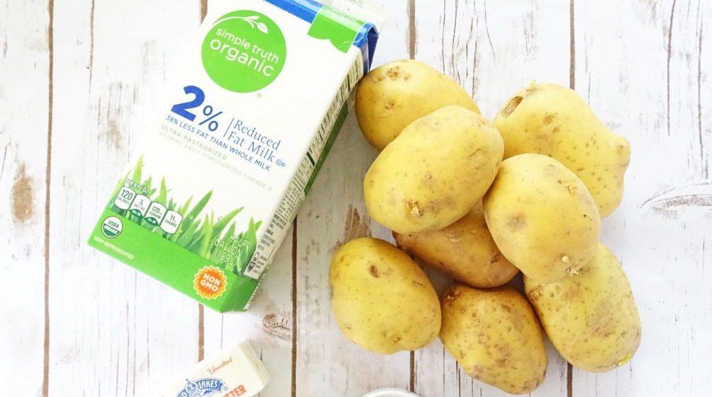 Potato exfoliate and lighten the skin
