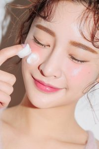 Cleanser can not replace the process of removing makeup
